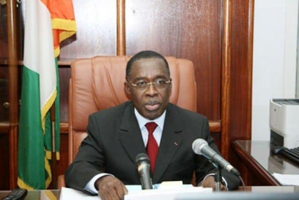 Journée Mondiale de la Contraception : Le ministre Aka Aouélé exhorte la population à l'usage des moyens de contraception sûrs